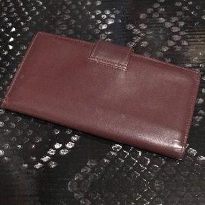 Etienne Aigner Bags - Vintage Étienne Aigner Burgundy checkbook